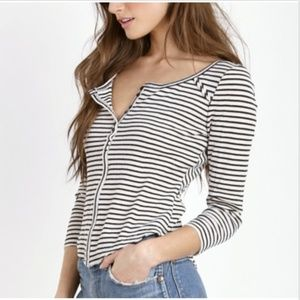 We The Free Women's Top Petite S Small 3/4 Sleeve